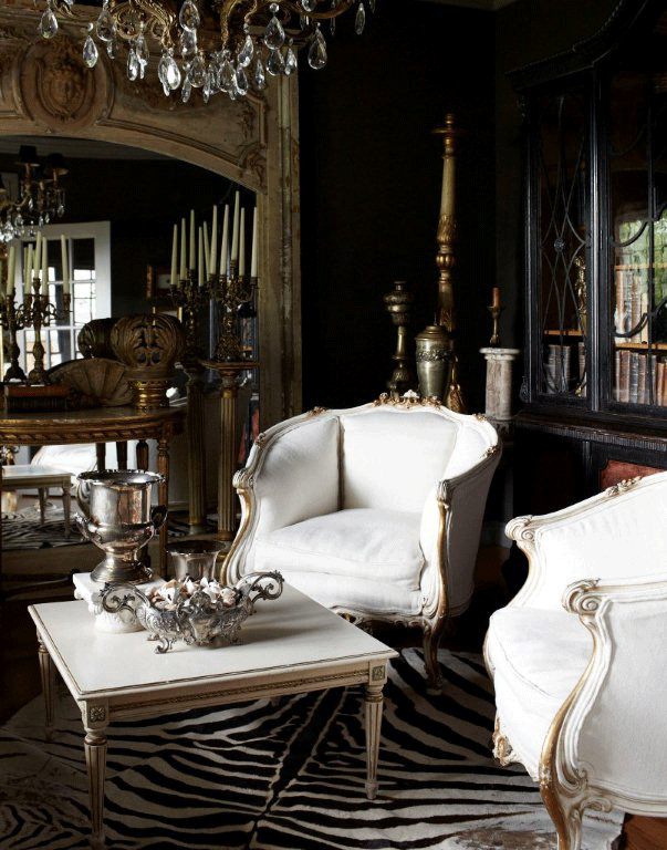 For a classic look, pair Ombre Naturelle with carved furniture, brass or pewter fittings, and gilt mirrors.