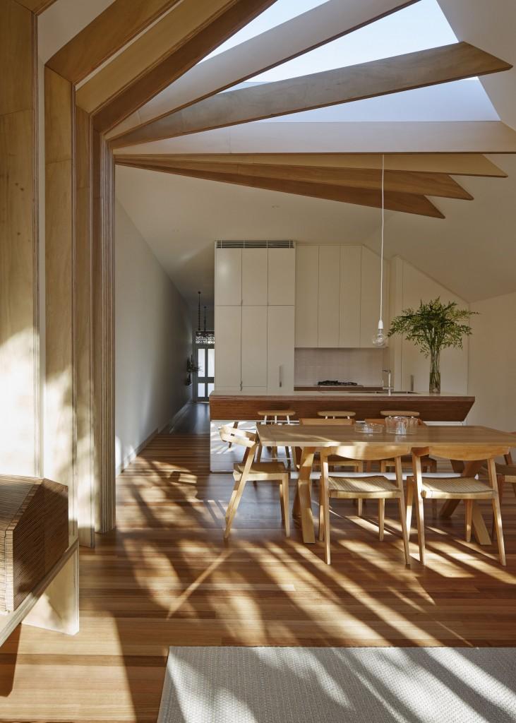 530ac6b3c07a80a2760001db_cross-stitch-house-fmd-architects_fmd_cross-stitch_-3-