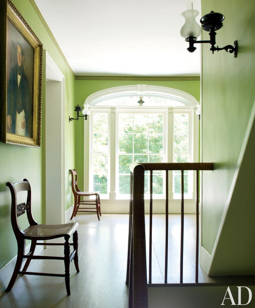 traditional-staircase-hallway-shostak-co-inc-claverack-new-york-201306-2_1000-watermar